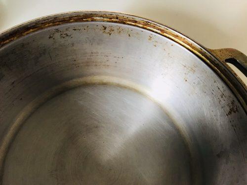 変色部分が落ちた無水鍋